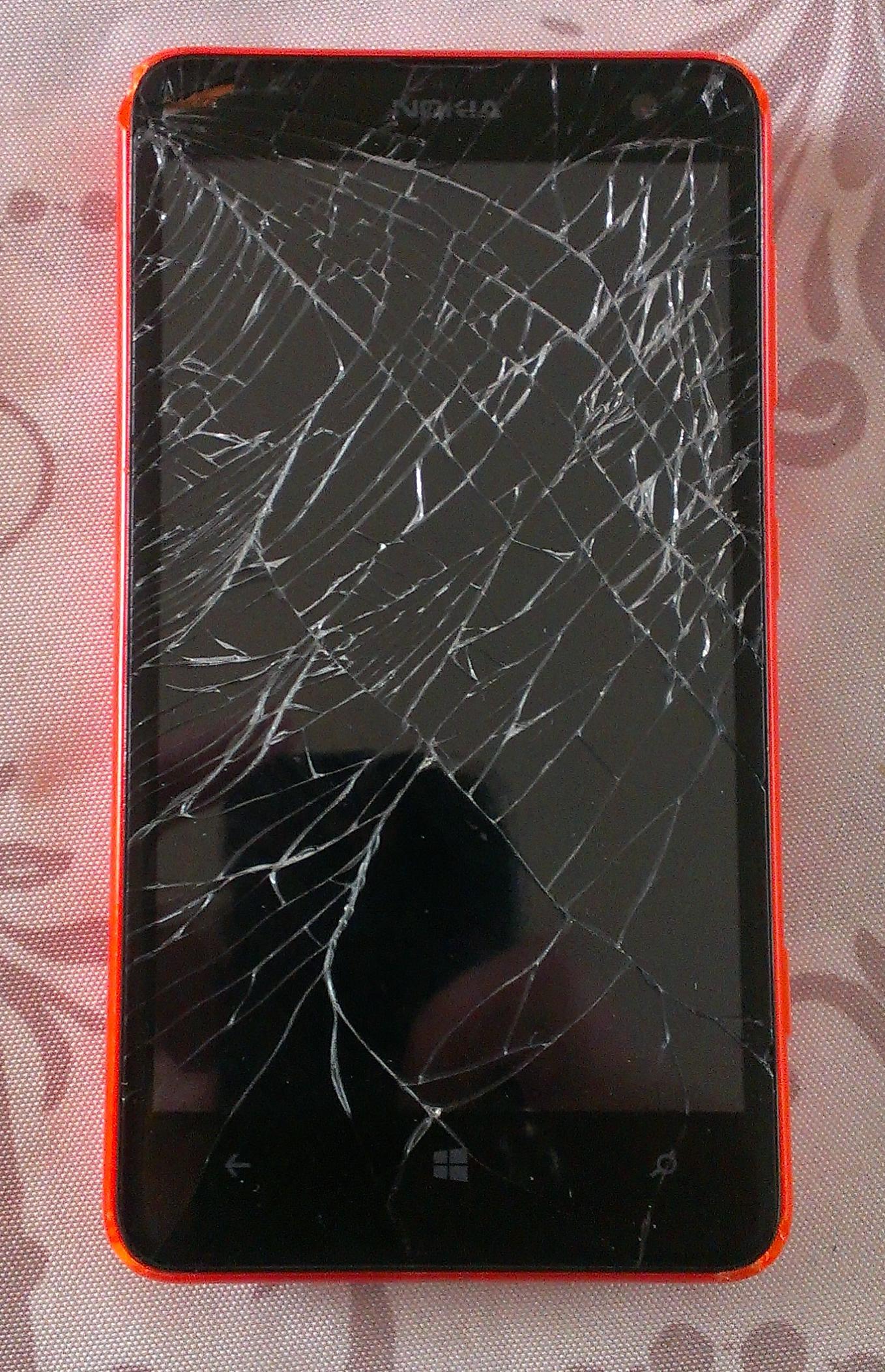 D montage d un smartphone voyage au coeur de la b te for Carrelage qui explose